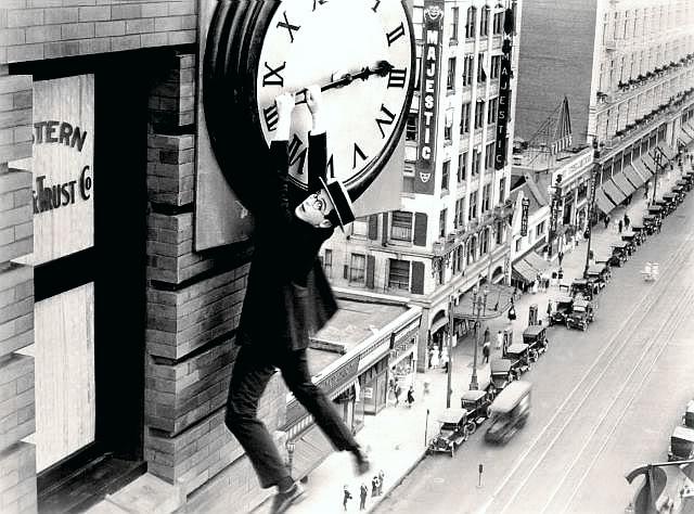 lloyd-harold-clock